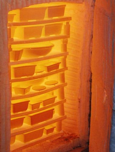 Four de cuisson de potier céramiste au centre de formation de céramique Créamik