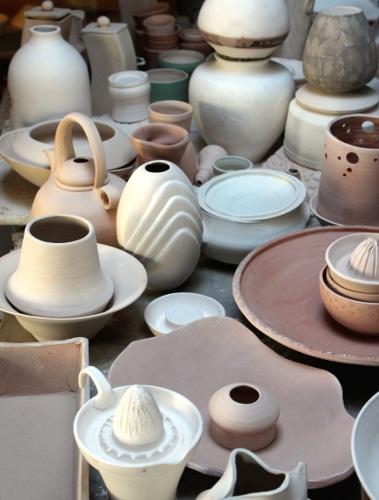 Céramiques réalisées lors de la formation professionnelle de céramiste à l'école Créamik
